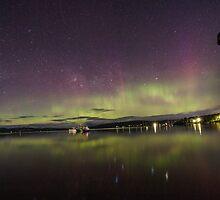 Aurora australis in Tasmania Australia by David Lennon