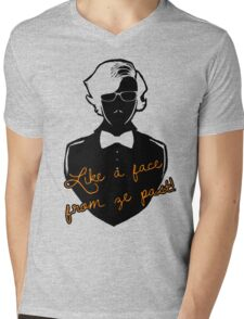 Like a face from ze past Mens V-Neck T-Shirt