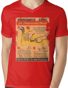 Radiation Warning poster 1950's Mens V-Neck T-Shirt
