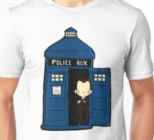 DOCTOR WHO IN TARDIS NINTH DOCTOR Unisex T-Shirt