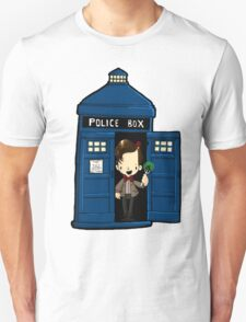 DOCTOR WHO IN TARDIS ELEVENTH DOCTOR T-Shirt