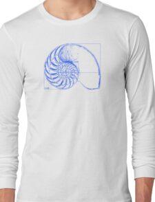 Fibonacci on a nautilus shell (blue) T-Shirt