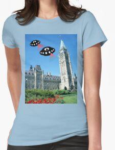 Aliens invade Ottawa, Canada T-Shirt