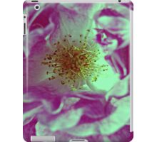 Love In Bloom - Pink iPad Case/Skin