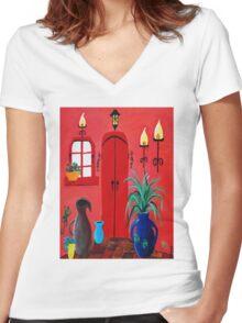 Mi Casa Women's Fitted V-Neck T-Shirt