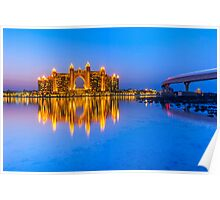 The multi-million dollar Atlantis Resort, Hotel & Theme Park at the Palm Jumeirah Island in Dubai Poster