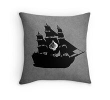 House Seaworth Minimalist Throw Pillow