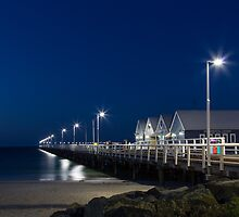 Busselton Jetty by Yvonne Jetson