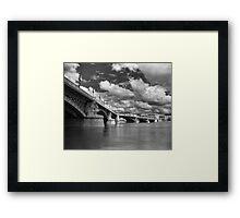 Margit híd Framed Print