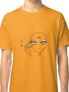 Smoking Alien  Classic T-Shirt