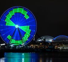 The Seattle Great Wheel (1) by Jim Stiles