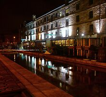 Commercial Quay by Nik Watt