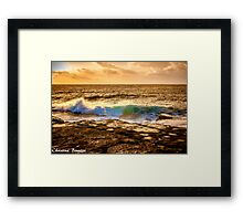 Sunrise wave Framed Print