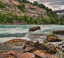 Niagara Gorge 1 by lmcarlos