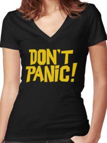 The Hitchhikers Guide to the Galaxy - Don't Panic Women's Fitted V-Neck T-Shirt