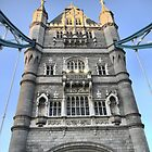 A Giant In Londinium by Larry Lingard-Davis