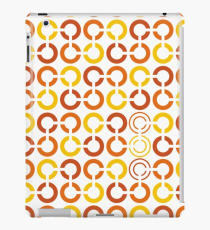 Mazes and patterns: rings iPad Case/Skin