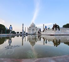 India, Agra, The Taj Mahal by PhotoStock-Isra