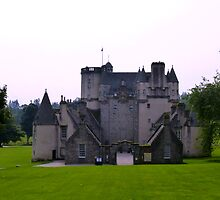 Castle Fraser - Aberdeenshire by Scotland2008