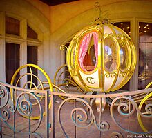 Cinderella's Carriage (Disneyland Paris) by ThatDisneyLover