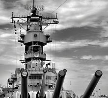 USS Missouri Guns  by Robert Meyers-Lussier
