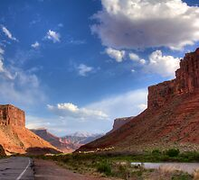 Utah Road by njordphoto