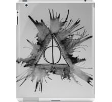 Black and White Exploding Deathly Hallows iPad Case/Skin