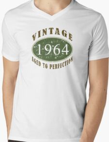 Vintage 1964, 50th Birthday T-Shirt Mens V-Neck T-Shirt