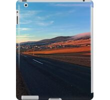 Find my way home | landscape photography iPad Case/Skin