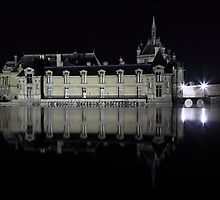 Chantilly, the castle over the water by remos