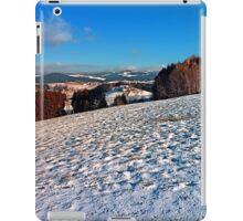 Hiking through winter wonderland II | landscape photography iPad Case/Skin