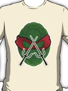 tmnt rafaello shield T-Shirt