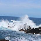 Waves by iwilltakethebow