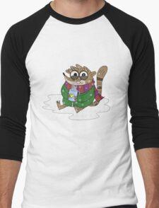 Regular Show - Rigby Sitting On Snow Men's Baseball ¾ T-Shirt