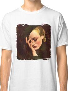 Joan Classic T-Shirt