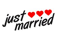Just Married Heart Logo by Style-O-Mat