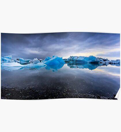 Sunset Lagoon: Glaciers at Jökulsárlón, Iceland Poster