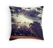 Don't believe in heaven above Throw Pillow