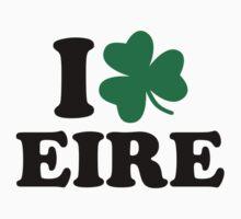 I love Eire Ireland shamrock Kids Tee