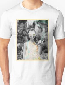 gas : girl T-Shirt