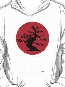 bonsai red sun  T-Shirt
