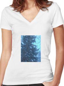 Snow scene Women's Fitted V-Neck T-Shirt