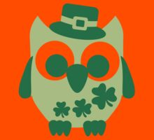 Cute irish shamrock owl Kids Clothes