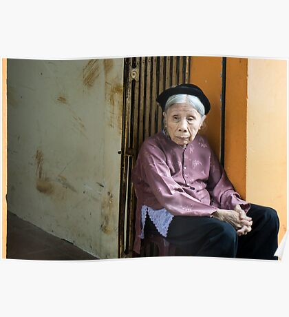 old woman Poster