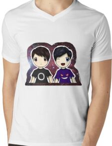 Danisnotonfire and AmazingPhil Chibi Mens V-Neck T-Shirt