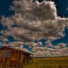 Big sky at Peak Crossing by GeoffSporne