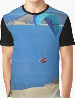 Rainbow Beach Paragliding Graphic T-Shirt