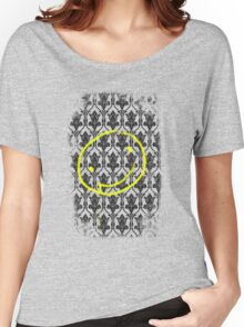 SMILE ♥ Women's Relaxed Fit T-Shirt