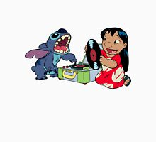 Lilo and Stitch listen to music Unisex T-Shirt