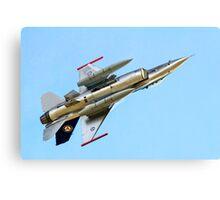 Luftforsvaret F-16AM Fighting Falcon 686 Canvas Print